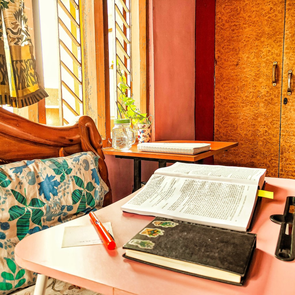 STUDY SPACE table chair windows